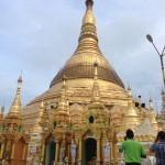 ヤンゴン最大のランドマーク「シュウェダゴン・パゴダ」